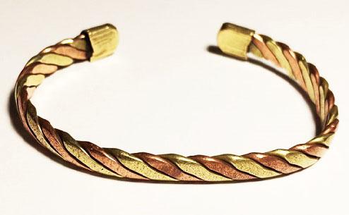 regarder 890cb f7c0f Ayurveda] Quelles sont les vertus des bracelets en Cuivre ?